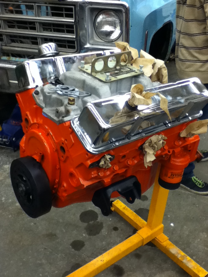 A used Edelbrock Performer was installed, as were used tall chrome valve covers. I replaced the motor and transmission mounts with polyurethane.